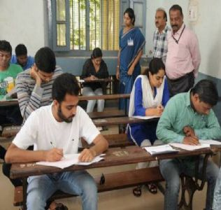 4 अक्टूबर काे हाेने वाली UPSC की प्रिलिम्स परीक्षाएं नहीं टलेंगी