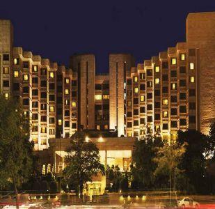 खतरनाक कोरोना का इलाज करने वाले डॉक्टर ठहरेंगे इन फाइव स्टार होटलों में